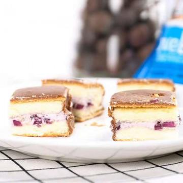香港博翔蓝莓白巧克力蛋糕168g新款水果酱果粒夹心糕点