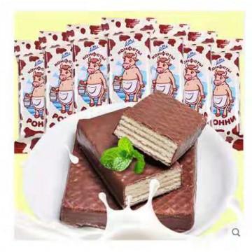 俄罗斯POHHN进口大奶牛威化饼干巧克力夹心零食