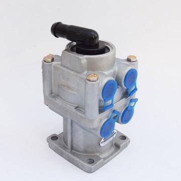 斯太尔王、奥龙制动总泵3514A1301001
